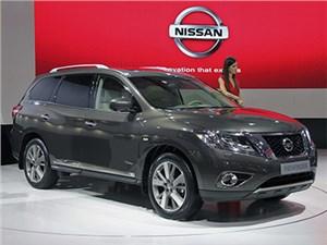 Сегодня в России начинаются продажи внедорожника Nissan Pathfinder нового поколения