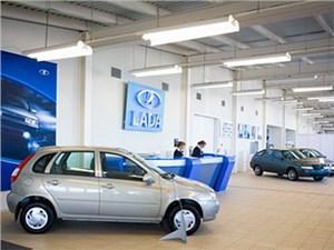 Спрос на автомобили Lada в России немного вырос благодаря программе утилизации